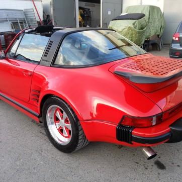 Porsche 911 TARGA 6